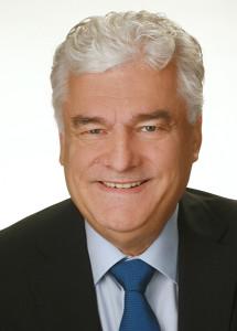"""Siegfried Binder, Professor (Universität """"Progres"""" Gyumri)  Geschäftsführer  Einsatzleiter und Lehrbeauftragter"""